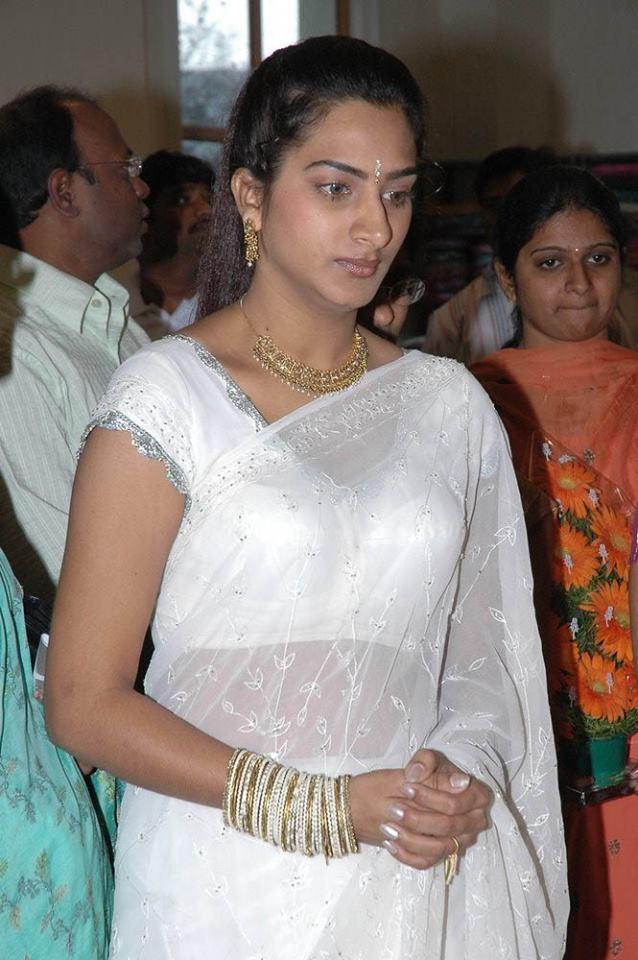 surekha vani white Saree Photos