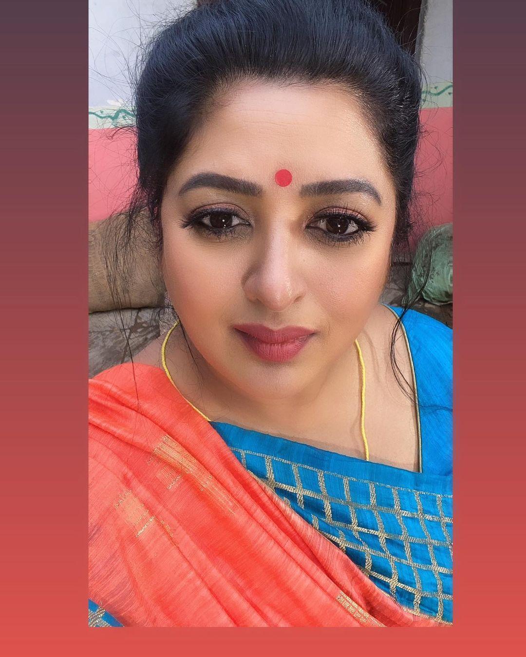 Actress Shanoor Sana Images,