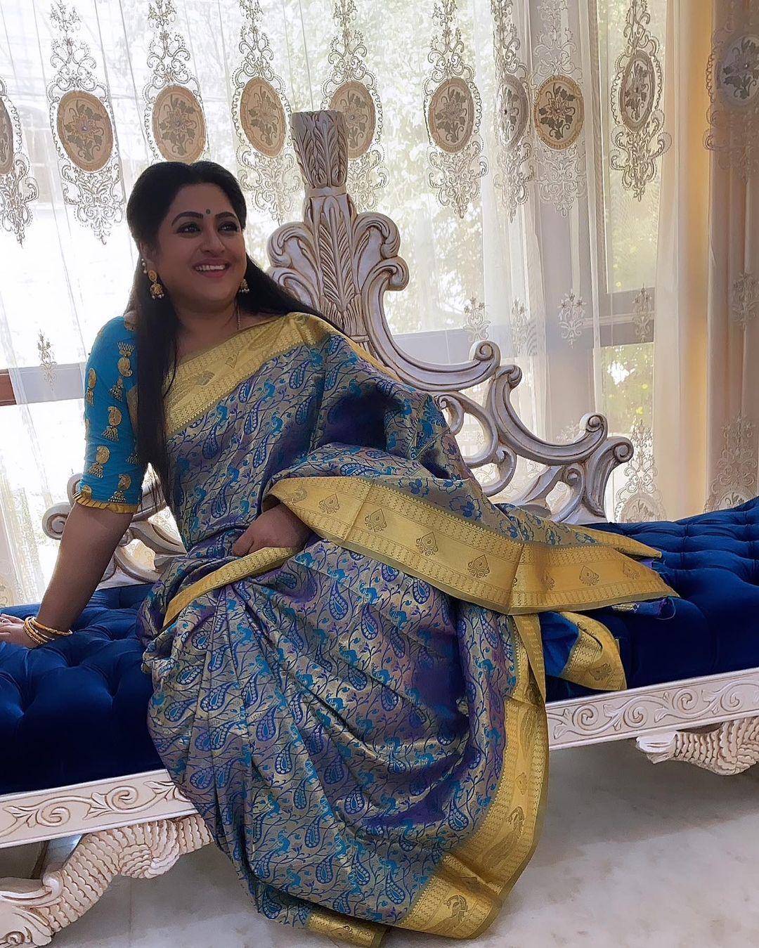 Actress Shanoor Sana Images